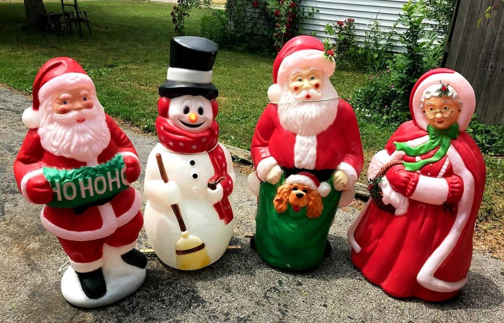 Purchase Online 13 Christmas Blow Molds : Christmas 2019   Mylargebox